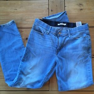 LEVIS 525 Perfect Waist Straight light wash jeans